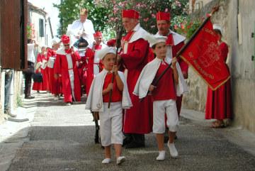Le village de Moncrabeau et son festival des Menteurs