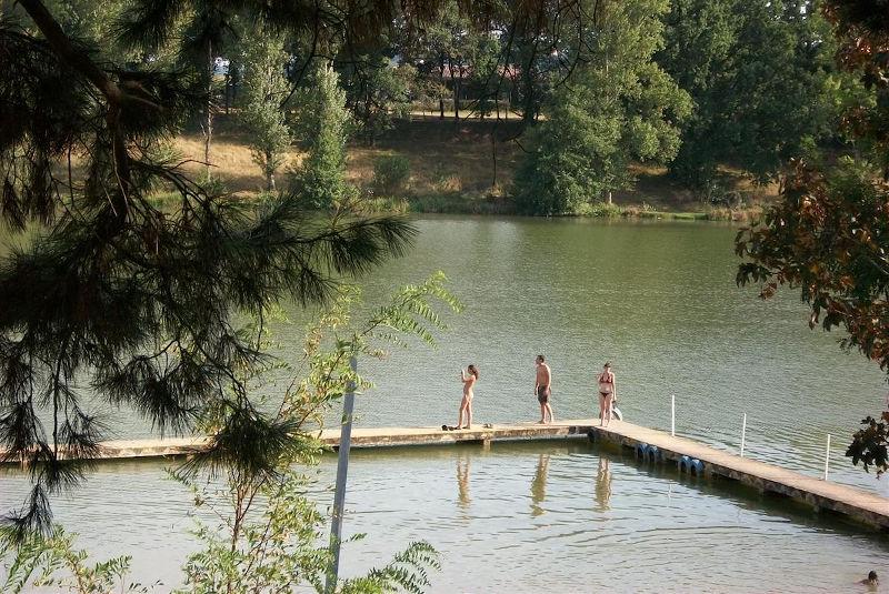 Site du lac de Moulineau à Damazan