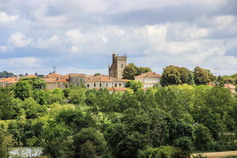 Le village de Lamontjoie
