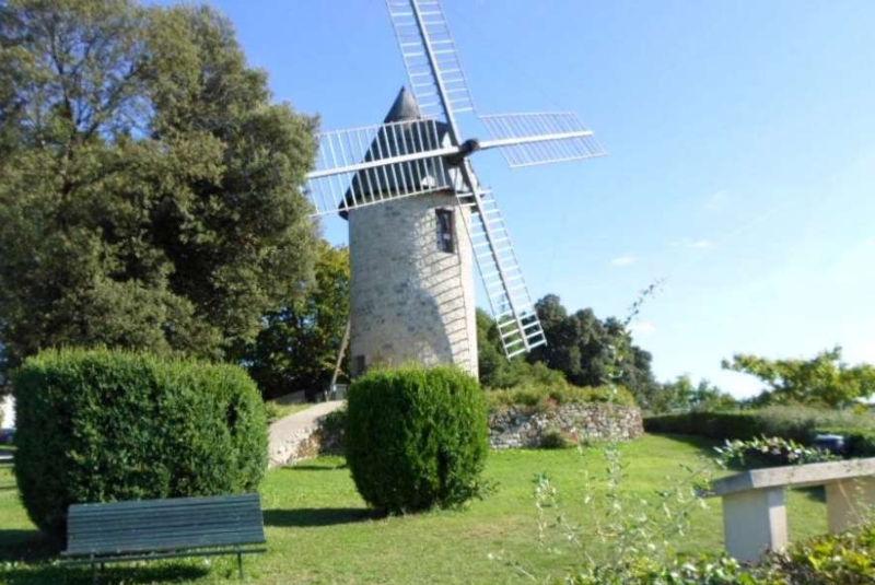 Le moulin à vent de Montpezat-d'Agenais
